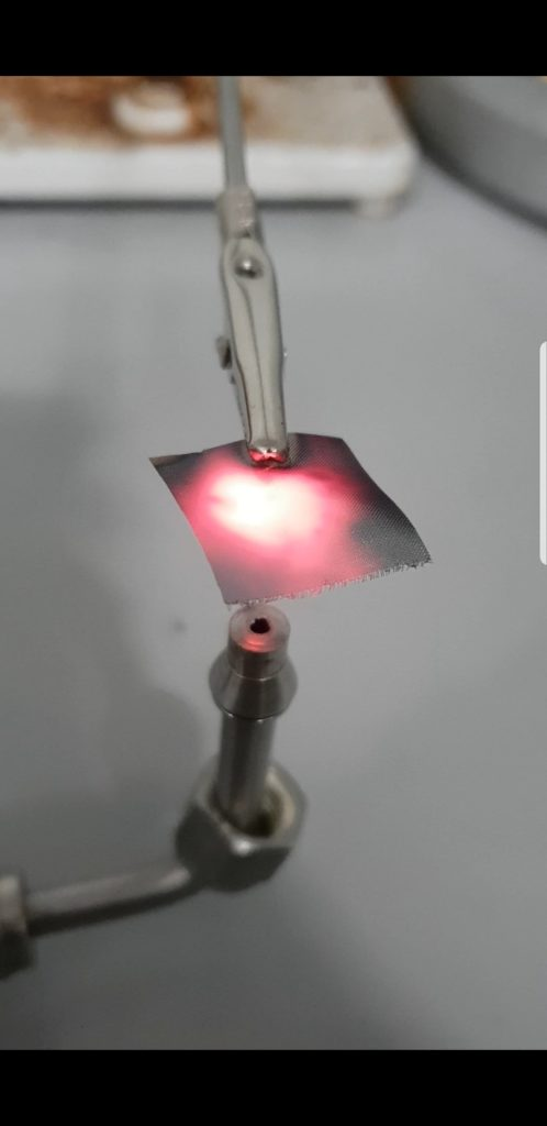 This is our first example of auto igition in a catalytic hydrogen burner.